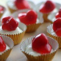 No Bake Mini Cherry Cheesecakes
