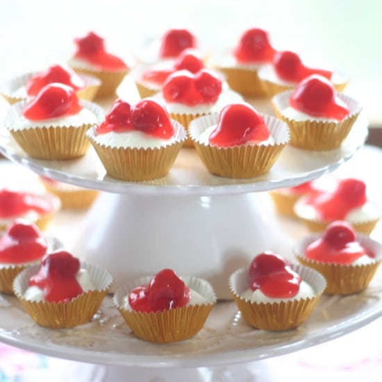 No-Bake Mini Cherry Cheesecakes
