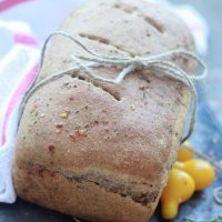 Spicy Garlic and Herb Swirl Bread