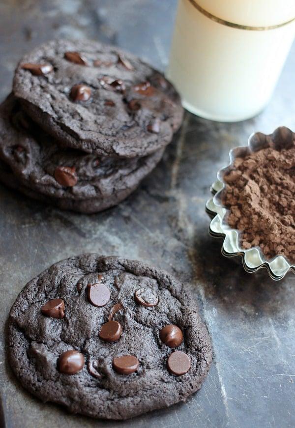 Spicy Dark Chocolate and Cinnamon Cookies- Baker Bettie