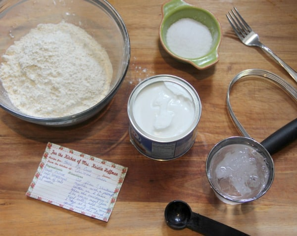 Basic Pie Crust Recipe- Baker Bettie