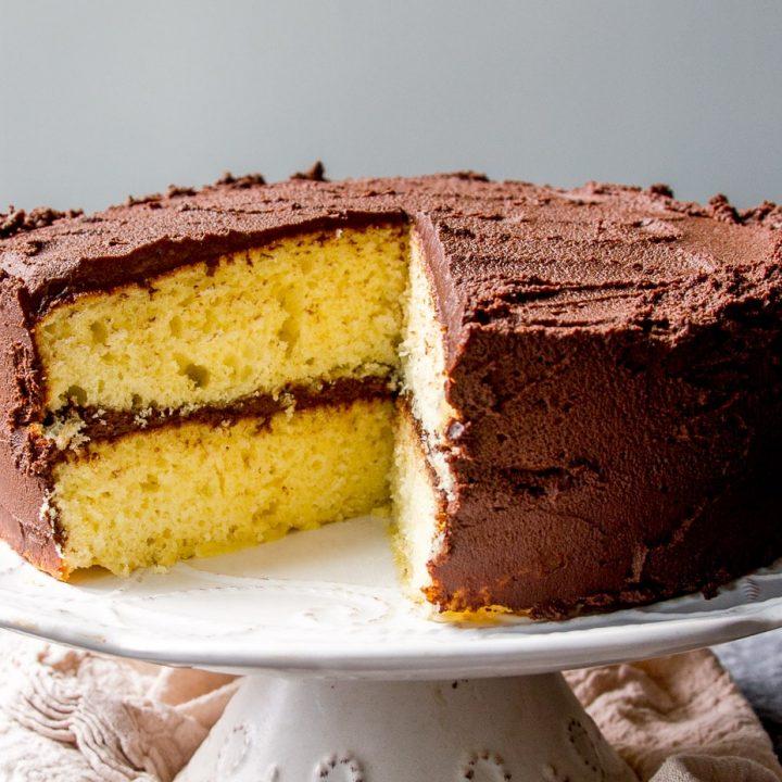 Fluffy Classic Yellow Cake