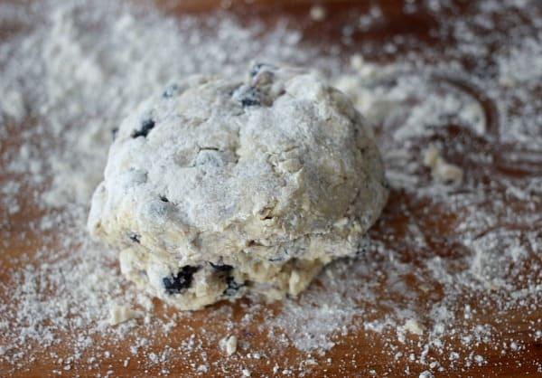 How to Make Scones, Basic Scone Recipe- Baker Bettie