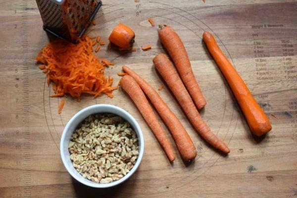 How to Make Carrot Cake- Baker Bettie