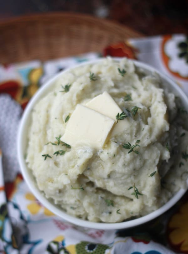 How to Make Creamy Herbed Mashed Potatoes- Baker Bettie