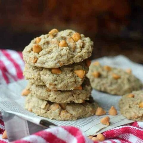 Chewy Oatmeal Scotchies