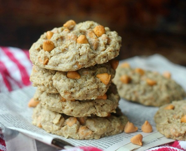 chewy-oatmeal-scotchies