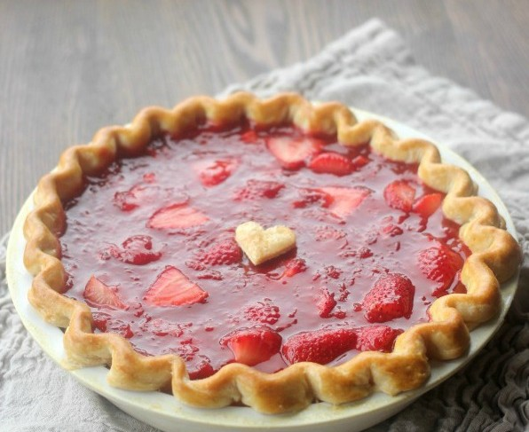 fresh-strawberry-pie-square