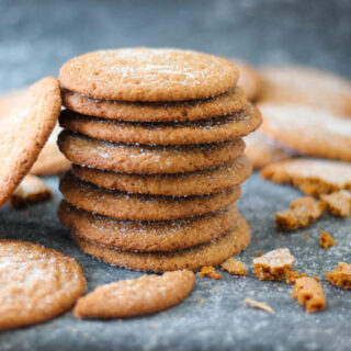 Crispy Gingersnap Cookies